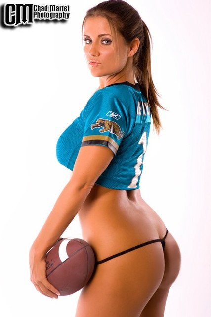 Nfl Hotties Vol 1 2010 Big Papa Daddy S Sports Rag